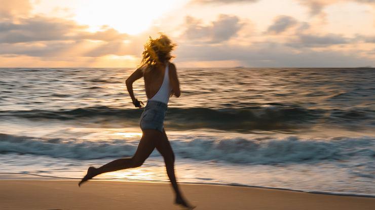 Chcesz się odmłodzić? Włącz aktywność fizyczną do swojego planu na stałe.