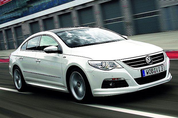 Najmocniejsza wersja miała silnik V6, 3.6litra o mocy 300 KM