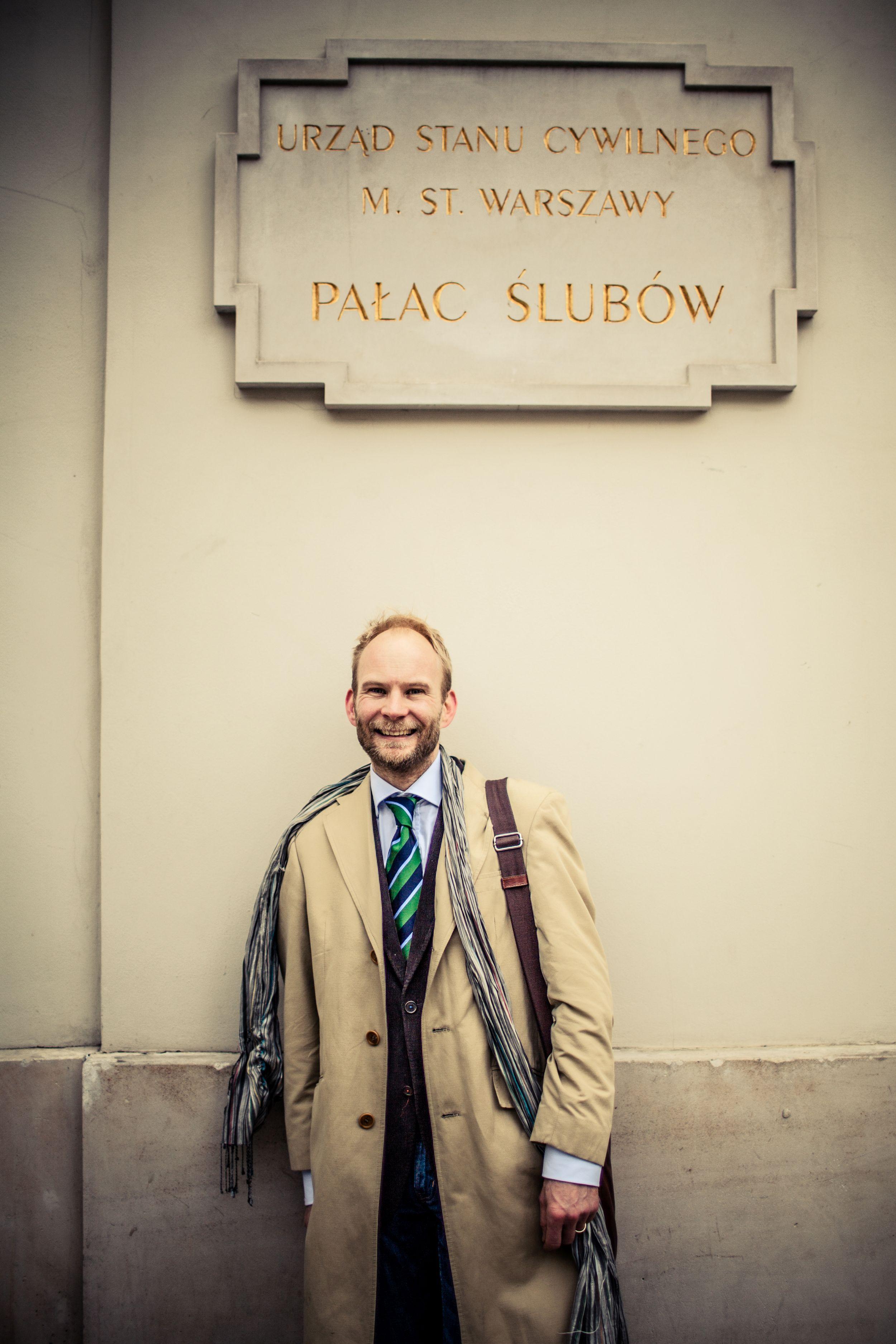Jakubowi Urbanikowi wydania zaświadczenia o tym, że jest stanu wolnego, odmówili pracownicy Urzędu Stanu Cywilnego (fot. Albert Zawada / Agencja Gazeta)