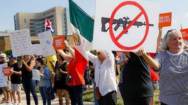 7.08.2019, Dayton, Ohio, protest przeciwko wizycie Donalda Trumpa.