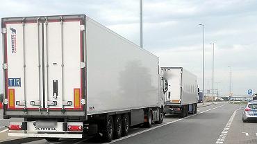 Prowadził wielotonową ciężarówkę z blisko 2,5 promilami alkoholu