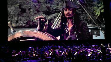 Koncert w ramach Festiwalu Muzyki Filmowej - pokaz filmu 'Piraci z Karaibów: Klątwa Czarnej Perły'. Kolejnym nietypowym miejscem, gdzie spotkamy Jacka Sparrowa, będzie niedługo gra komputerowa