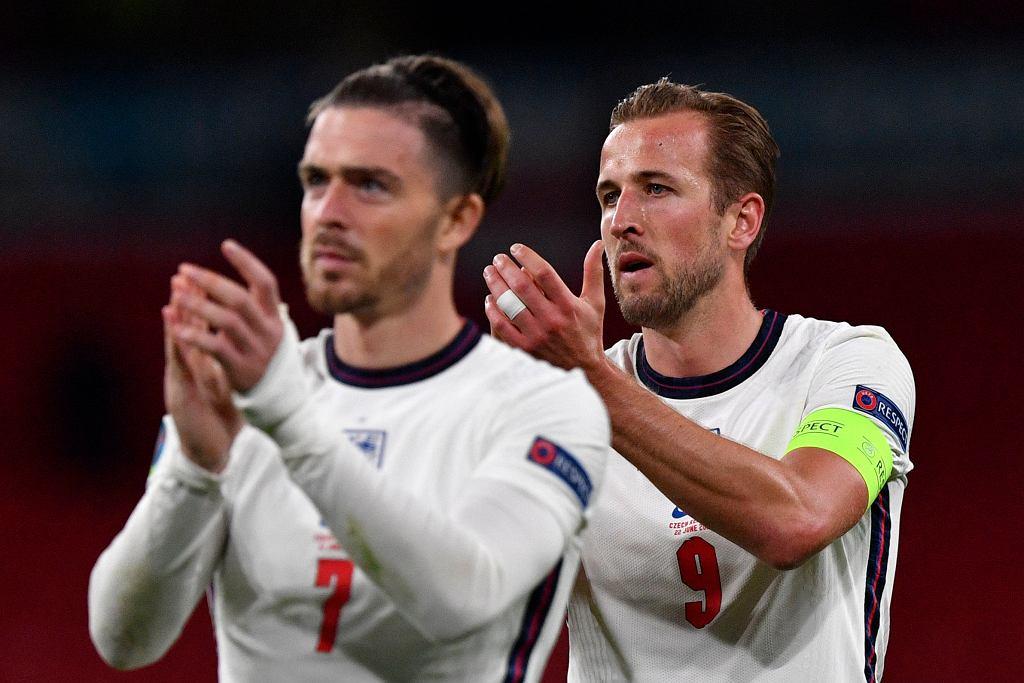 Jack Grealish i Harry Kane w reprezentacji Anglii na Euro 2020.