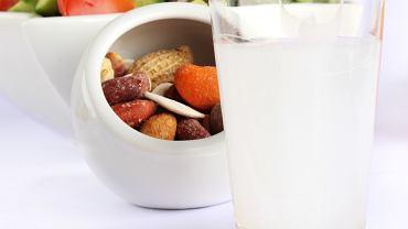 Kuchnia na Cyprze - zivania / Shutterstock