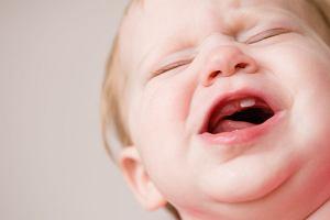 Ząbkowanie - koszmar dla dziecka i ciężkie chwile dla rodzica. Jak je przetrwać?