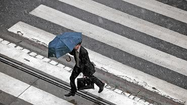 Deszcz / zdjęcie ilustracyjne