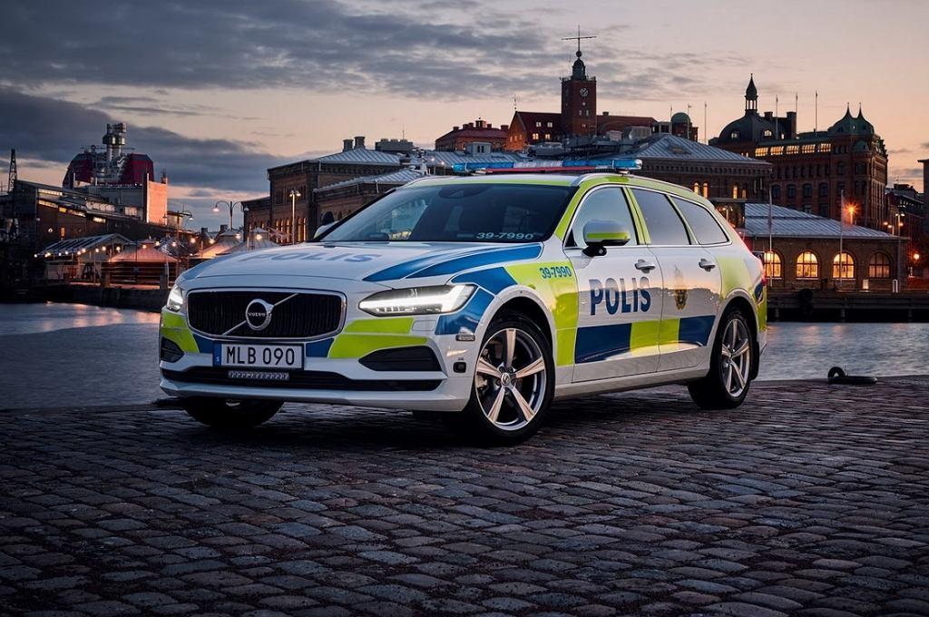 Policyjne Volvo V90