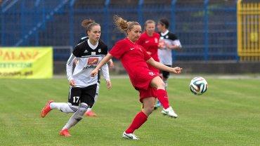 Mecz Medyk Konin - reprezentacja Polski 4:0. Ewa Pajor i Patrycja Pożerska