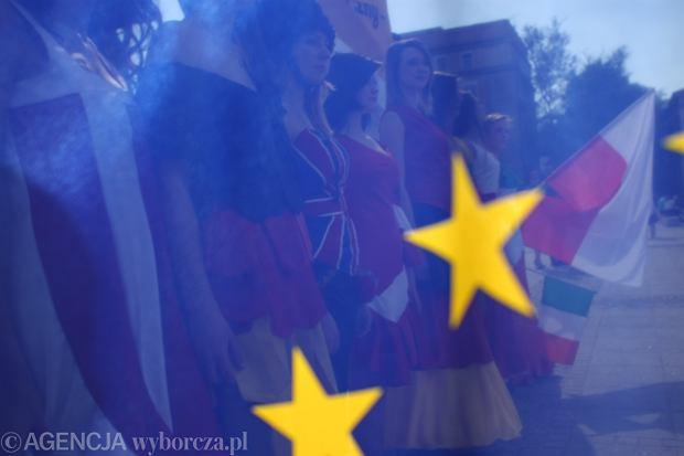 Flaga unijna z okazji Dnia Unii Europejskiej