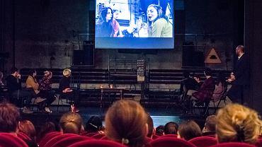 Premiera Nauczycielska spektaklu 'Wróg - instrukcja obsługi' i panel dyskusyjny wokół treści przedstawienia