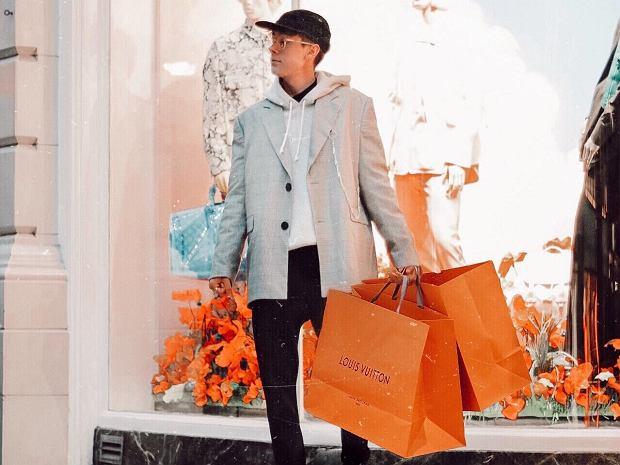 Jak udawać na instagramie, że robi się drogie zakupy? Byron Denton znalazł sposób