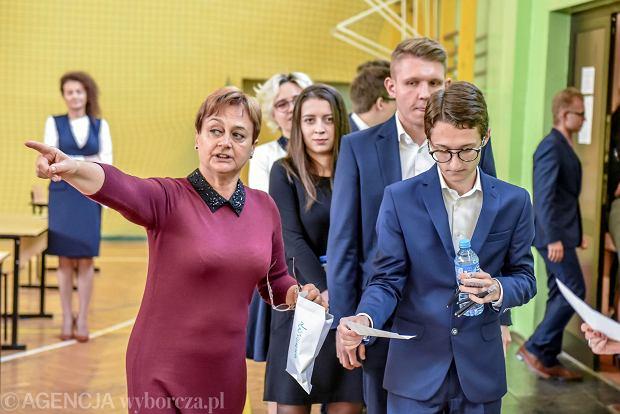 17 maja. Tegoroczni maturzyści piszą dziś egzamin z języka rosyjskiego na obu poziomach.