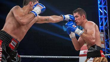 Gala Wojak Boxing Night w Bydgoszczy. Walka Pawła Kołodzieja z Cesarem Crenzem