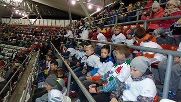 Młodzi piłkarze Pilicy Białobrzegi oglądali mecz Legii Warszawa