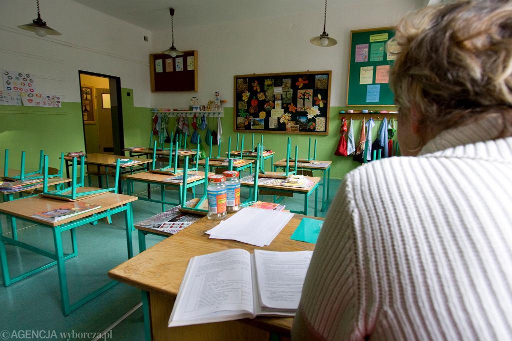 Nauczycielka napisała odważny list do redakcji. 'Idę do pracy uzbrojona w 2xM - maseczkę i modlitwę'