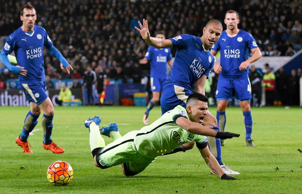 Leicester - Manchester City 0:0. Sergio Aguero i Gokhan Inler