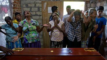 Pogrzeb ofiary zamachu na Sri Lance