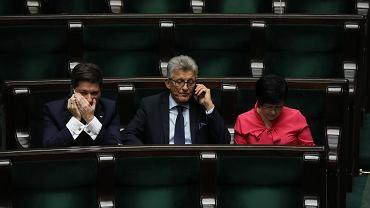 Politycy PiS-u podczas debaty nad nowelizacją prawa o prokuraturze
