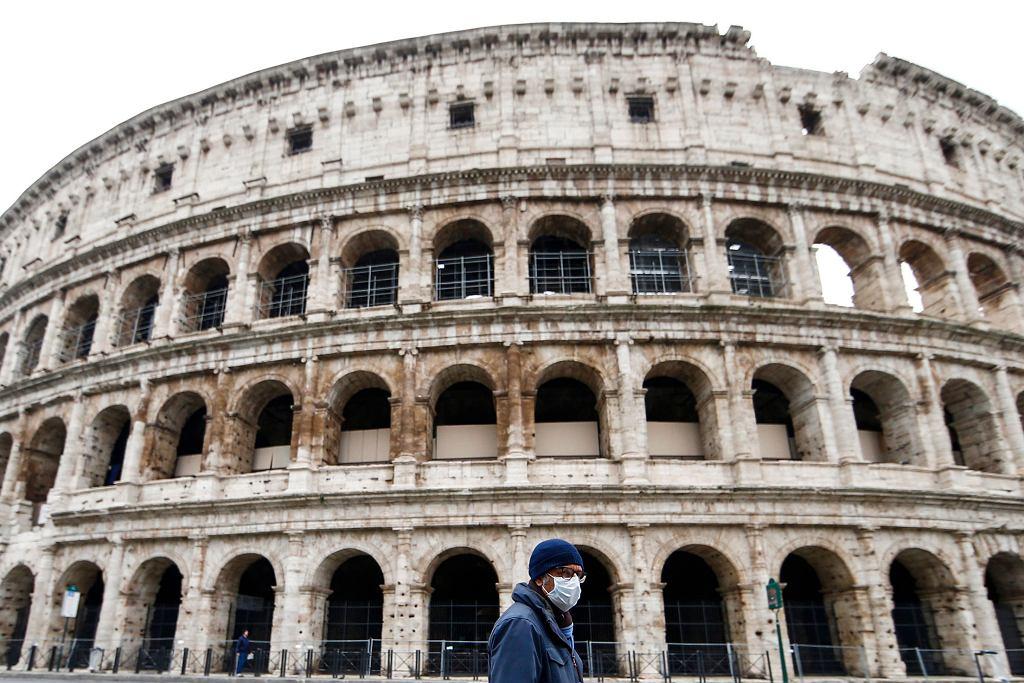 Ulice Włoch opustoszały
