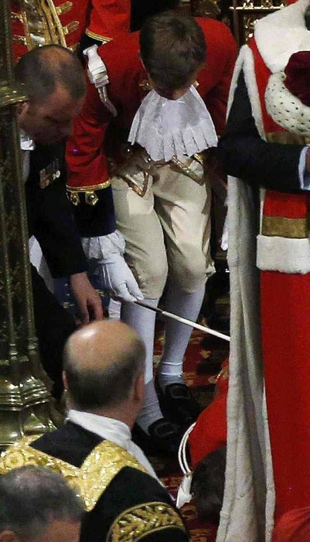 Książę Karol, księżniczka Kamila, królowa Elżbieta II