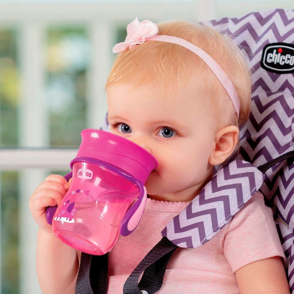 Kubek-niekapek niezbędny dla dzieci już pijących