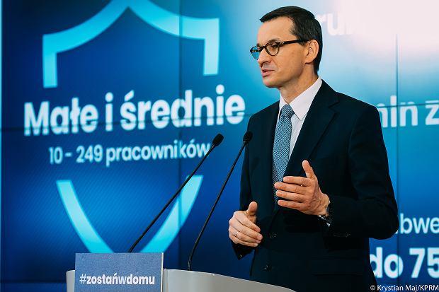 """Premier: startujemy z """"tarczą 2.0"""". Firmy otrzymają rządową pomoc"""