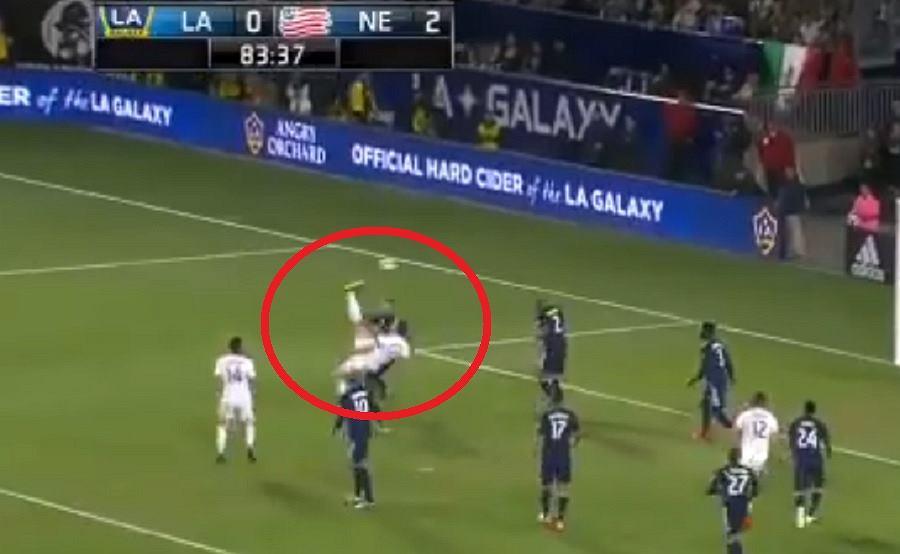 Zlatan Ibrahimović strzelił kolejnego fenomenalnego gola