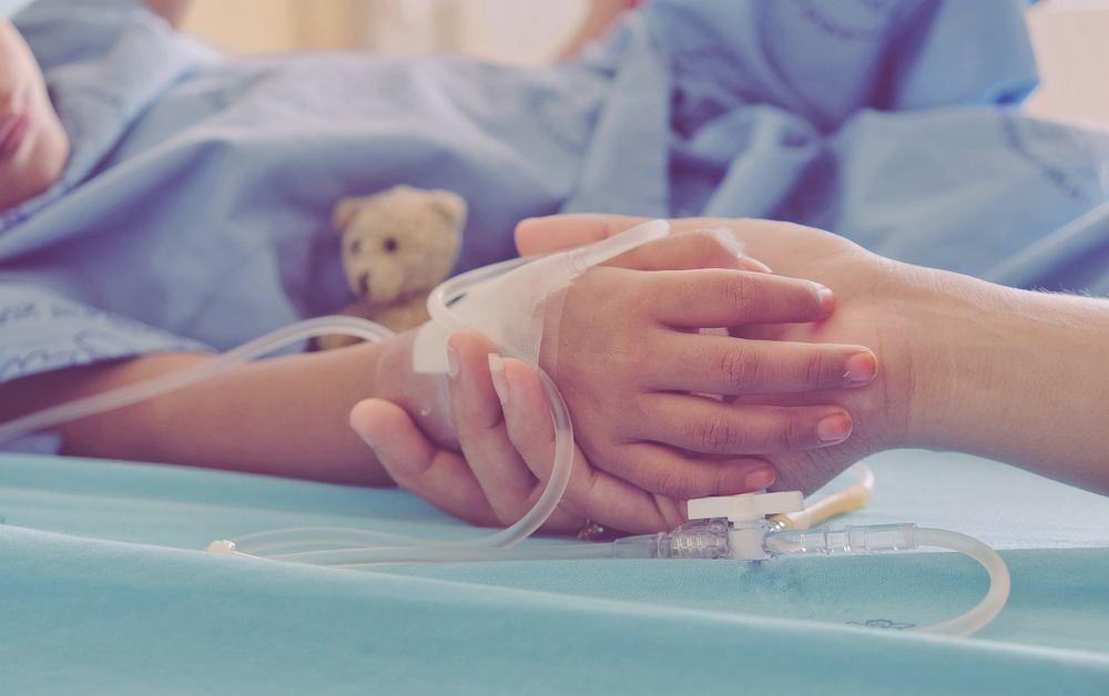 Dziecko w szpitalu/zdjęcie ilustracyjne
