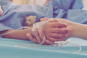 Przez kontakt z kosmetykami średnio co dwie godziny na szpitalne oddziały ratunkowe trafia dziecko