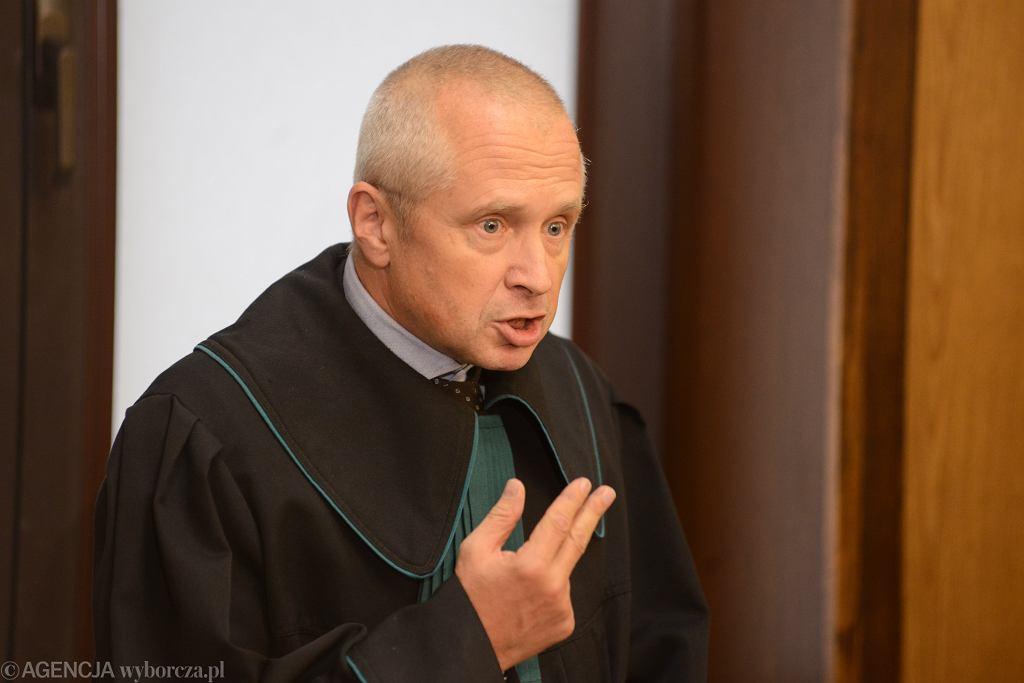 Dubois: Nie mówimy już o stosowaniu prawa, tylko o kpinie z prawa (zdjęcie ilustracyjne)