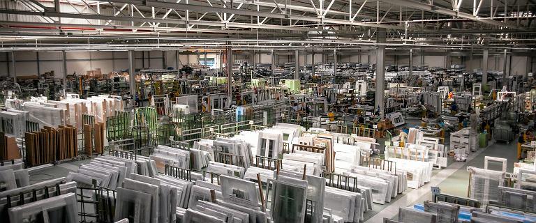 Polski producent okien szuka pracowników. Drutex zatrudni do 400 osób