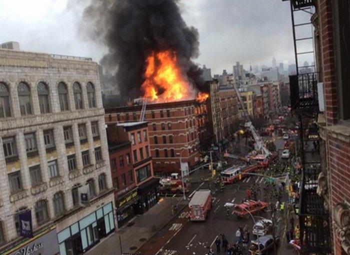 Pożar w kamienicy na Manhattanie