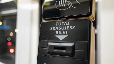 Nowe kasowniki w autobusach i tramwajach już nie wydrukują biletu papierowego. Mennica zacznie je uruchamiać od 1 marca.