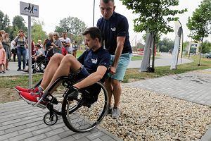 Miasto zbudowało tor przeszkód dla osób na wózkach. Po co?