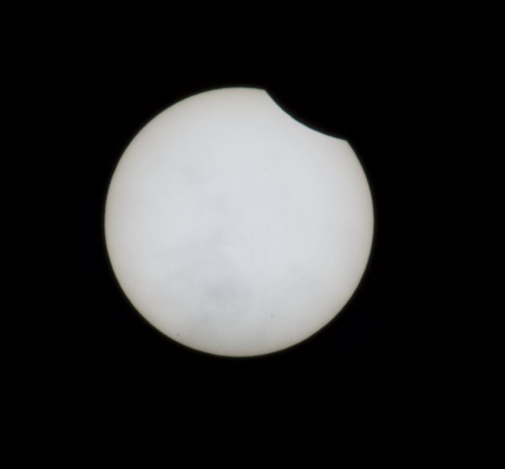 Zaćmienie Słońca. Na tle gwiazdy stacja ISS. Nieziemskie widoki [ZDJĘCIA]