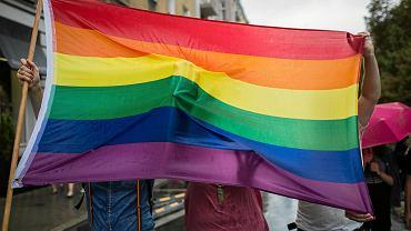 Tęczowa flaga podczas marszu równości w Poznaniu, 11 sierpnia 2018