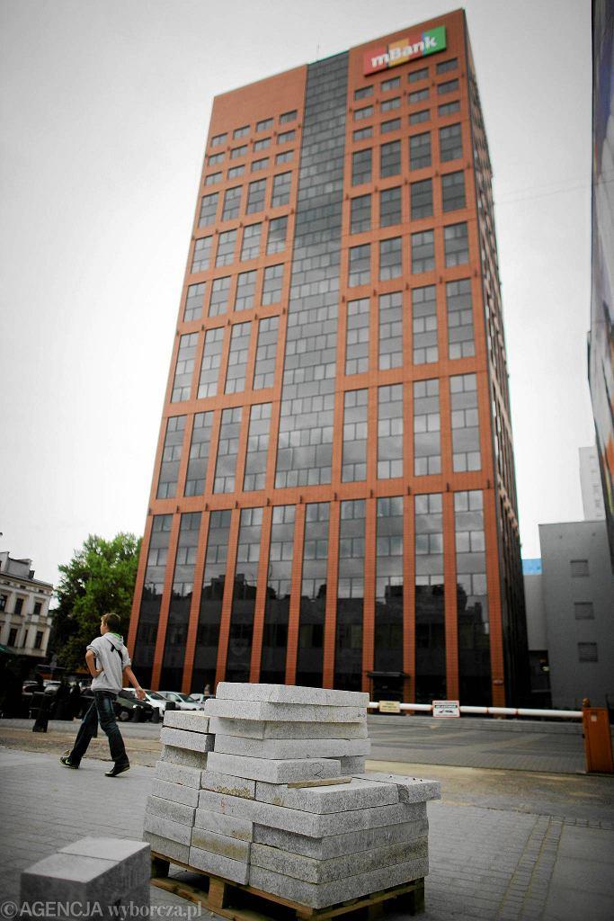 Biurowiec Red Tower na ul. Roosevelta w Łodzi, siedziba BRE Banku
