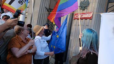 Protest przed Ministerstwem Edukacji i Nauki