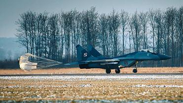Samolot należał do 22. Bazy Lotnictwa Taktycznego w Malborku.