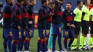 Lionel Messi i koledzy z drużyny podczas ćwierćfinału Ligi Mistrzów: FC Barcelona - Bayern Monachium. Lizbona, Portugalia, 14 sierpnia 2020