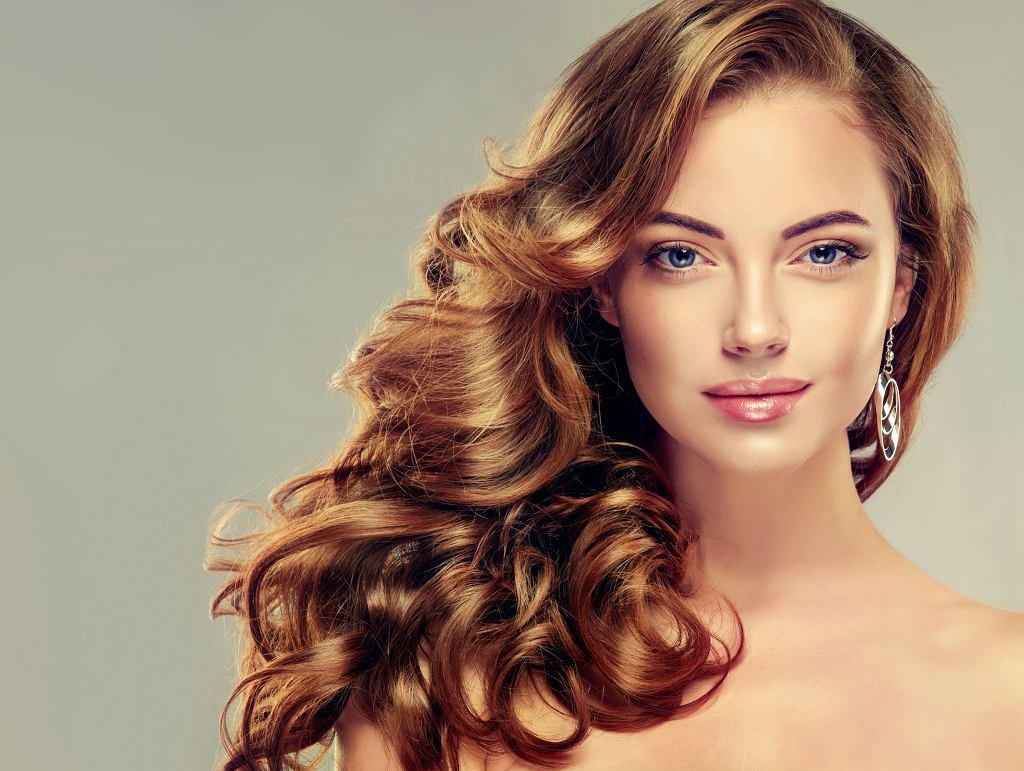 Pielęgnowanie i stylizowanie włosów zajmuje nam... 294 dni w całym życiu.