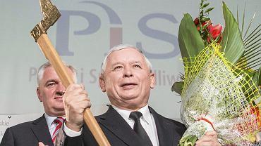 Prezes partii rządzącej Jarosław Kaczyński podczas konwencji małopolskiego PiS na- Uniwersytecie Rolniczym w Krakowie, 26 października 2014
