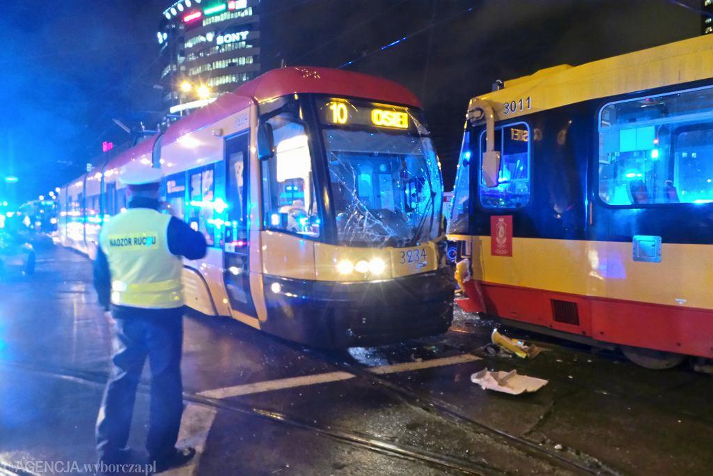 Zderzenie tramwajów linii 10 i 20.