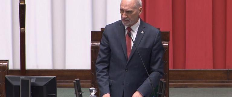 Macierewicz na pierwszym posiedzeniu Sejmu o gender i konstytucji