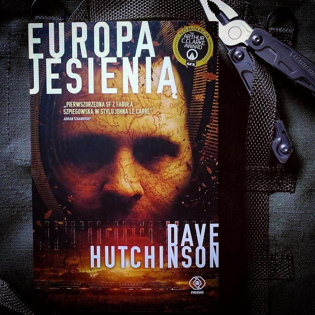 Książka 'Europa jesienią' autorstwa Dave'a Hutchinsona