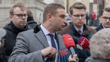 Robert Bąkiewicz z ONR podtrzymuje, że Marsz Niepodległości w Warszawie odbędzie się 11 listopada