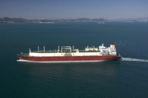 Koncern RWE zacznie kupować skroplony gaz z Kataru