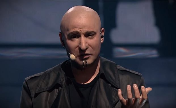 Antek Smykiewicz as David Draiman from Disturbed
