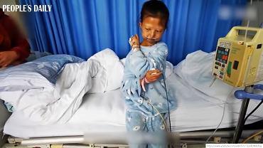 Nie żyje 24-latka, która przez pięć lat jadła sam ryż, żeby oszczędzić na leczenie brata.