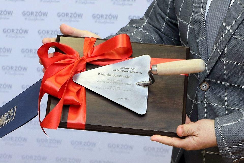 Podpisanie umowy na budowę hali sportowo-widowiskowej w Gorzowie
